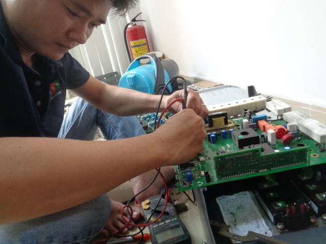 Sửa Board công suất biến tần Parker AC690